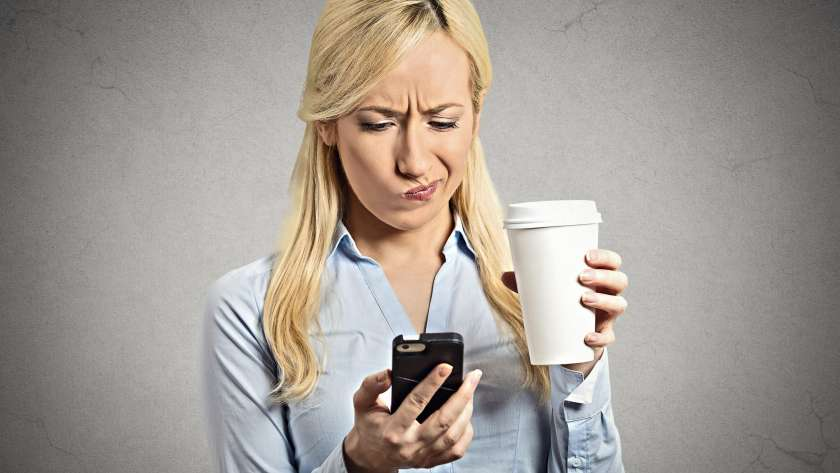 5 Ways Texting Can Ruin Your Love Life