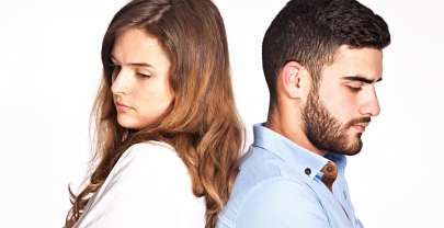 Unhappy in Your Relationship? 5 Crap Reasons You Stay